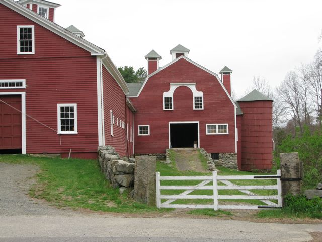 Wellington Farm Gateways Barn, 487 Wellesley Street